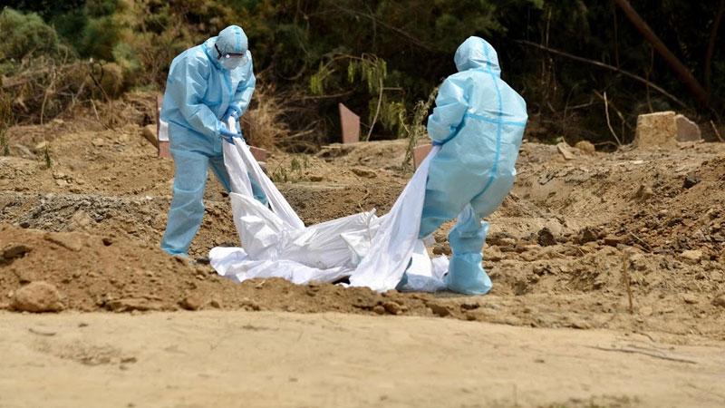 man dies coronavirus kin body freezer kolkata west bengal