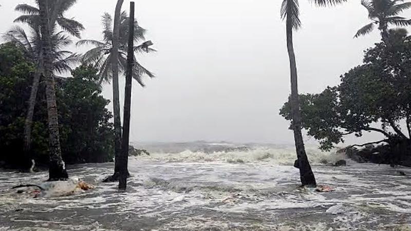 cyclone tauktae crossed gujarat coast continues to show weakening