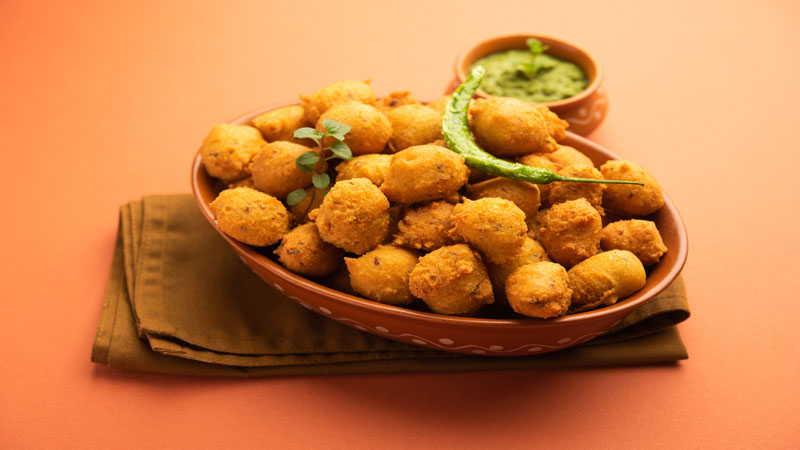 Make Tasty and healthy Dalwada recipe at home in rainy season