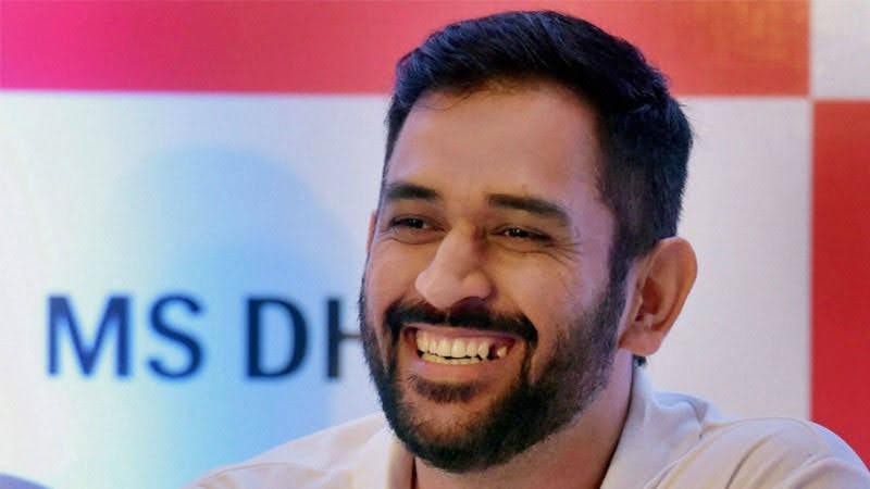 sakshi say about dhoni