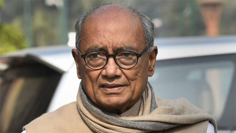 digvijay singh controversial statement non muslims spying for isi pm modi congress