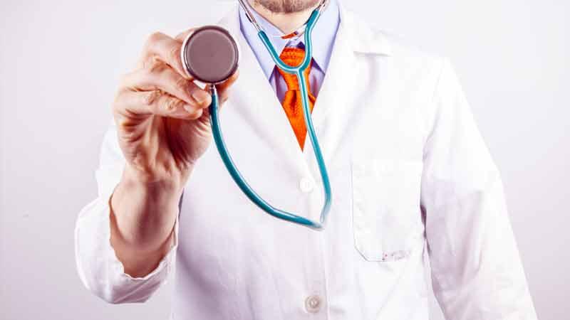 coronavirus doctor free check up patient in botad