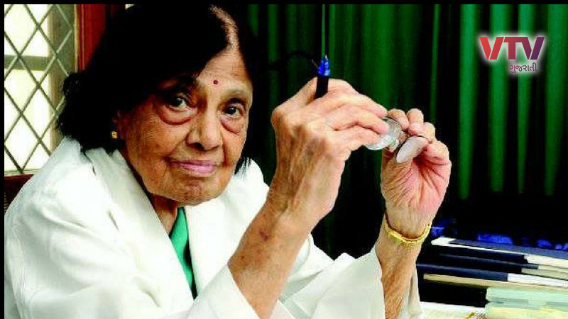 at the age of 103 the countrys first cardiologist doctor shivaramakrishna iyer padmavati win hearts of people