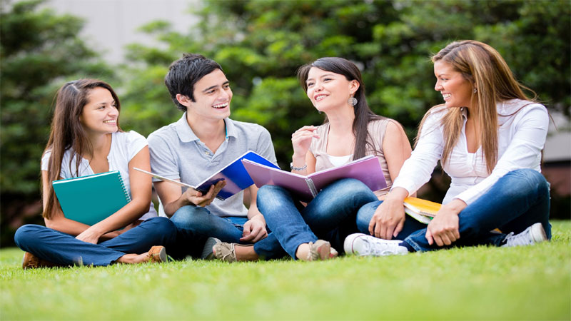 Report Says Students Population in US Crosses 2 lakh