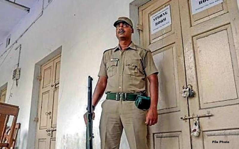 Vadodara Counting in Polytechnic College, Tight police security