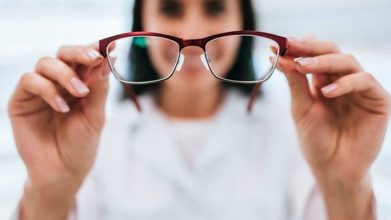 Know effective home remedies to remove eyesight