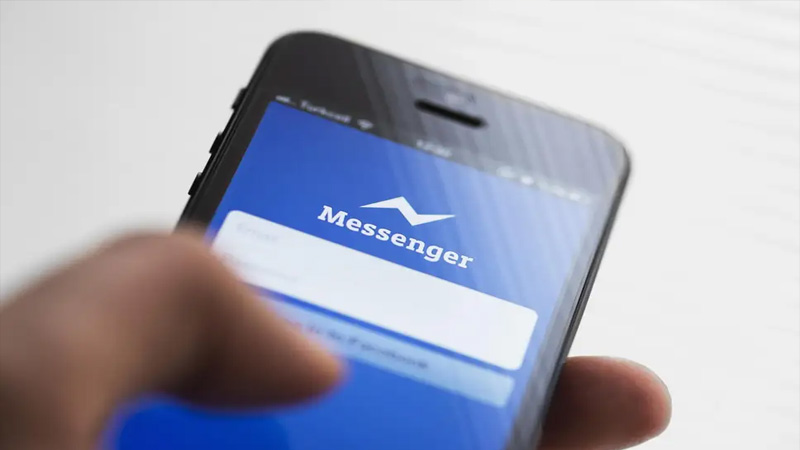 Facebook may leak your messenger chat