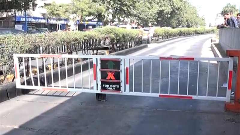 Ahmedabad BRTS corridor closed for other vehicles, fitted RFID gate