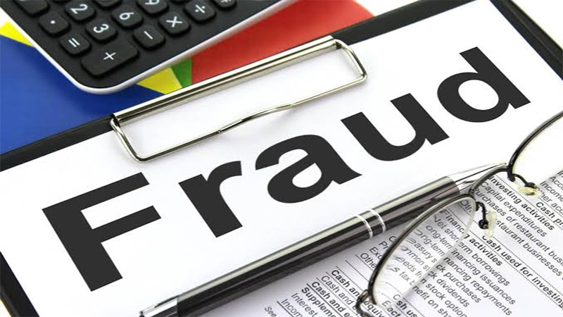 Galaxy builder group 47 crore fraud with land load