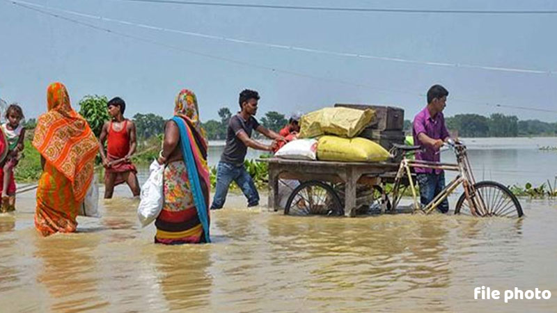 Nurse Helped In Delivery Of A Baby Girl In Flood Affected bihar