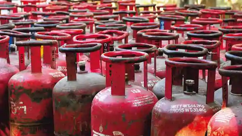 last chance to get free gas cylinder connection apply before 31 September
