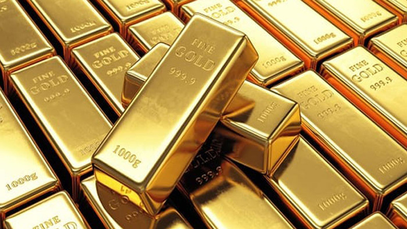 Air hostess caught at Mumbai airport with 4kg gold dust in baggage