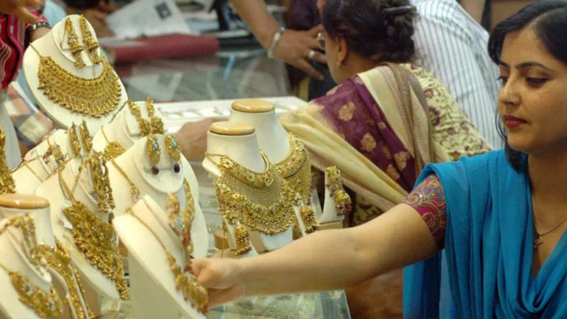 group of ministry proposal to levy 3 per cent gst on sale of old gold and jewelry to check tax evasion know everything
