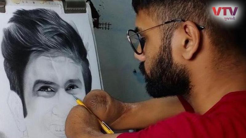 Dhaval Khatri makes sketch for sudhant singh rajput