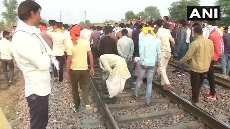 jaipur gujjar reservation movement delhi mumbai rail track captured by agitators changed the route of 7 trains