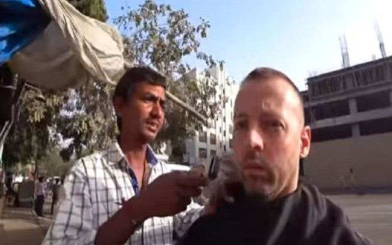 norwegian-youtuber-paid-rs-28000-rs-20-haircut-ahmedabad