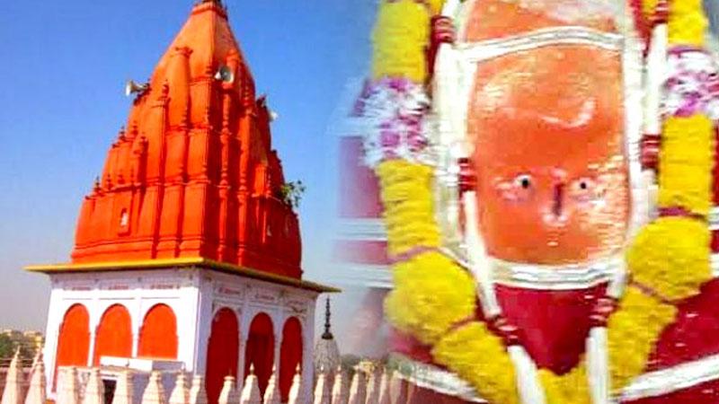 ulte hanuman mandir placed near indore in sanwer