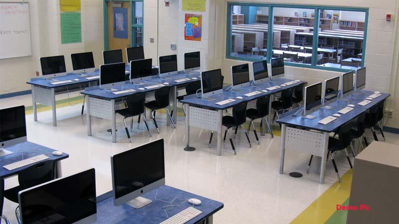 Again Private School now Municipal school is high tech student profit