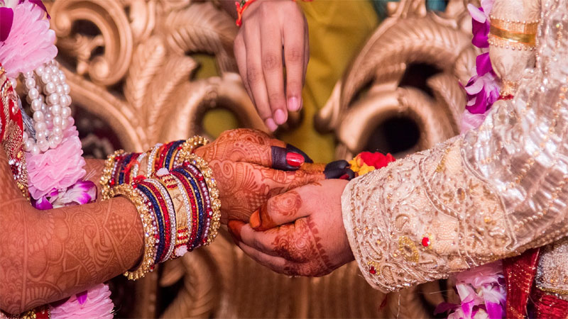 Facts on Hindu Marriage Rituals For Bride and Grooms on Wedding Special