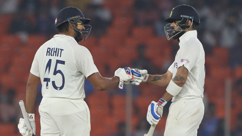 india will bowl first in pink ball test, bumrah and sundar is in