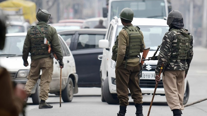 Encounter underway between security forces, terrorists in jammu and kashmir pulwama