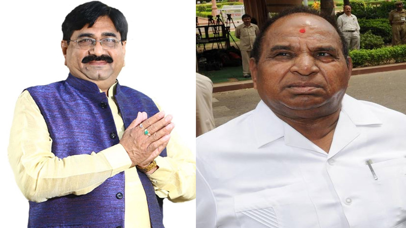 Gujarat congress soma patel and J V kakadiya mla resigned at midnight
