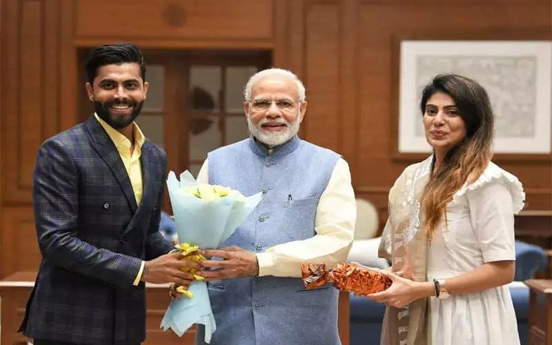 general-election-2019-support-bjp-jai-hind-tweets-ravindra-jadeja-pm-narendra-modi-replies