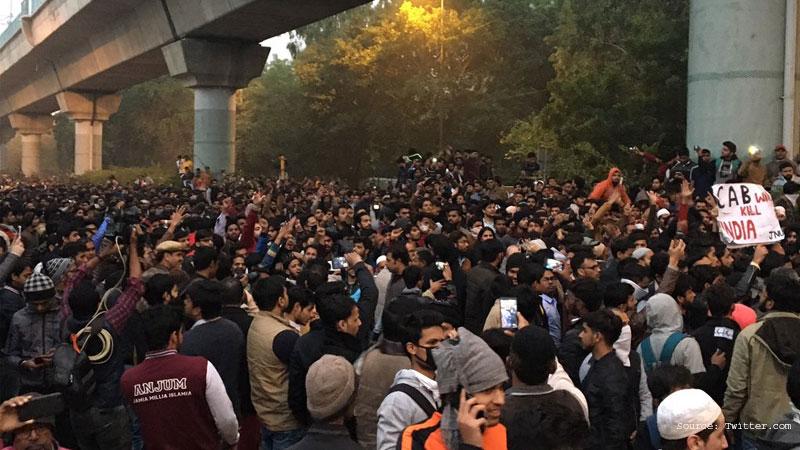 Citizenship Amendment act 2019 Jamia millia Islamia Protest by Students  Police Injured