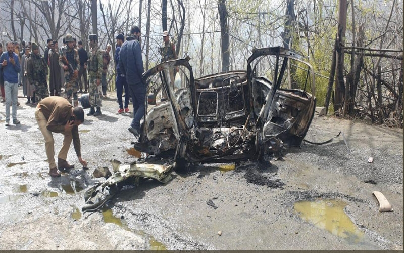 jammu-kashmir-a-blast-has-occurred-in-a-car-in-banihal-ramban