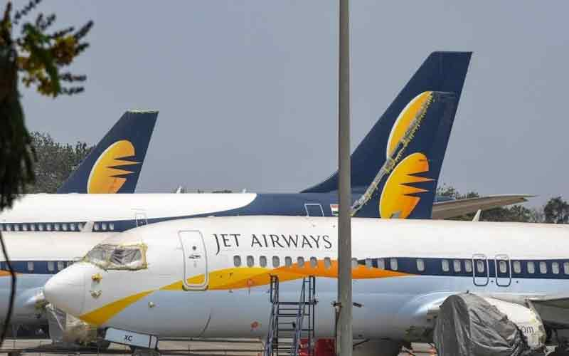 Jet Airways Employee Suicide In Mumbai After Not Getting Salary From Past Three Months