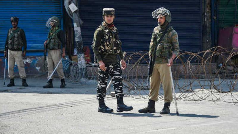 Jammu kashmir terrorist firing kill shopkeeper tral pulwama