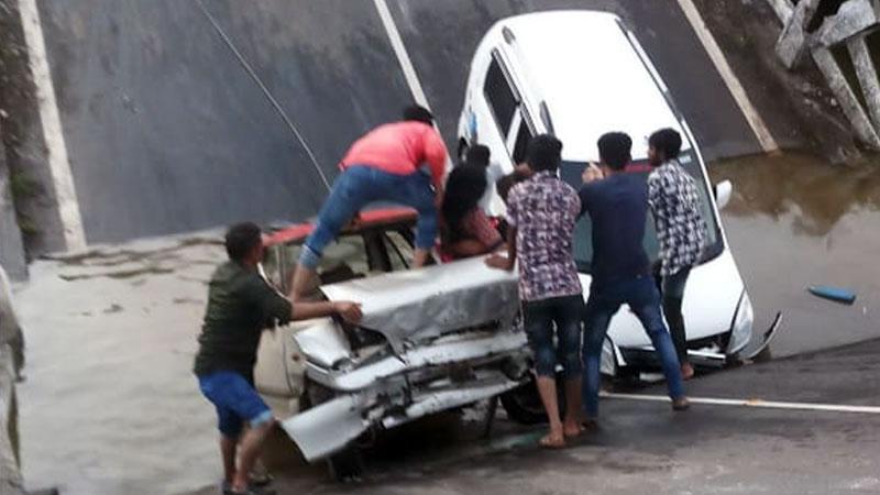 Junagadh bridge collapse government two department problem new bridge