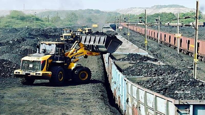 coal crisis power plants ministry of power pmo pk mishra prahlad joshi