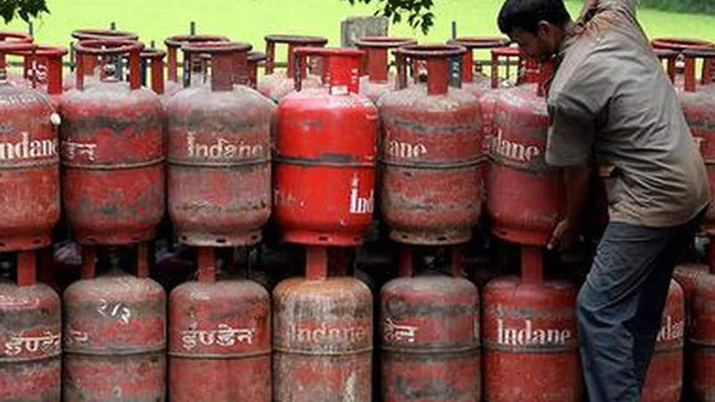 Lpg consumers get choice of getting a refill cylinder from three dealers without residence proof