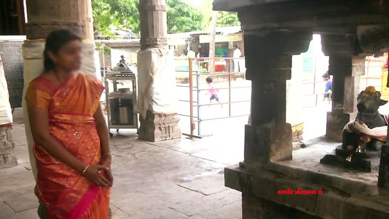 karnataka man asked to pay 35000 rupee after his child went to temple