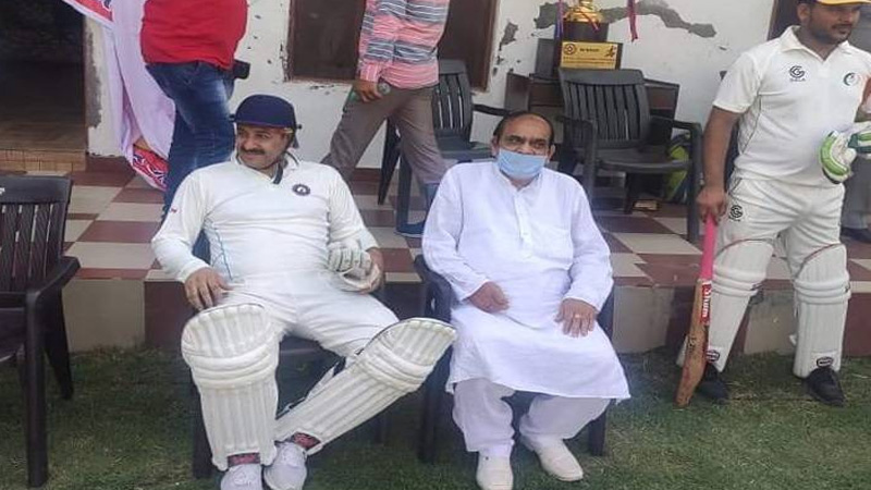 coronavirus lockdown bjp mp manoj tiwari violates lockdown sonipat cricket match