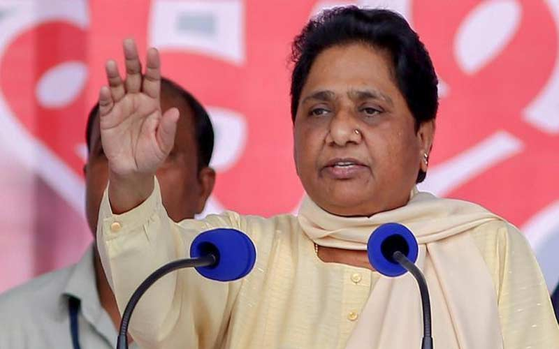 Mayawati rallies behind Mamata Banerjee, says Modi-Shah targeting her is dangerous
