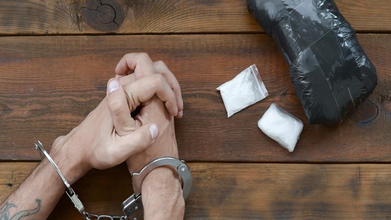 ahmedabad police arrest drug padler