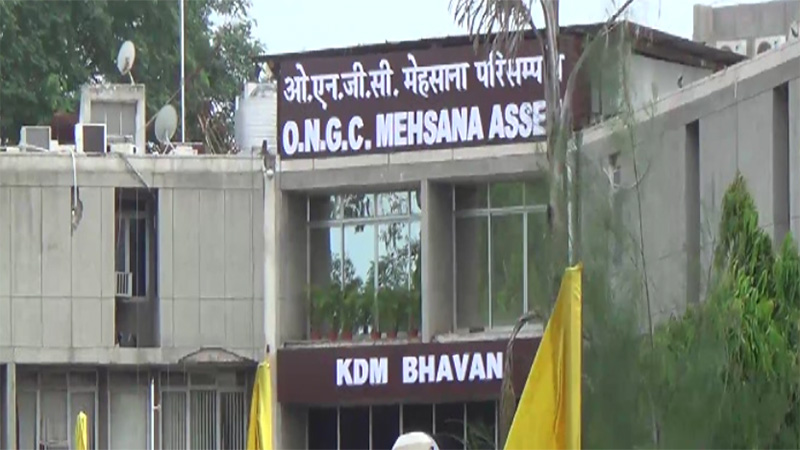 Mehsana ongc close for 10 days 23 lakes loss fir in police station