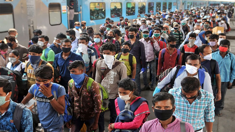 Gujarat Maharashtra and UP gives figures of how many migrant workers are left