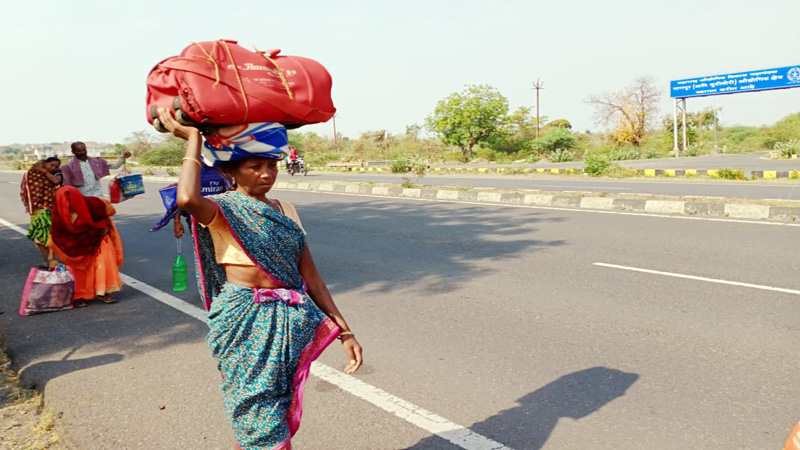 rti reveals center government do not has data about stranded migrant workers