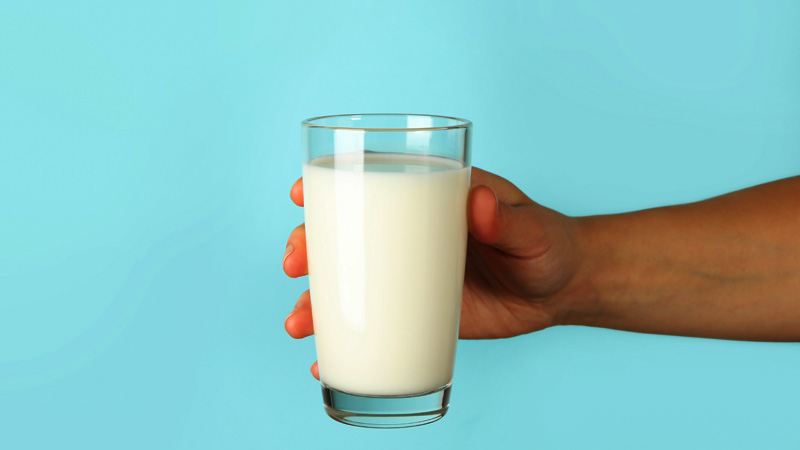 Best Benefits Of Drinking Milk With Raw Egg