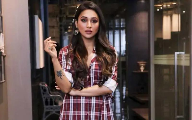 tmc mp mimi chakraborty reaction on social media after shareing photo with nusrat jahan