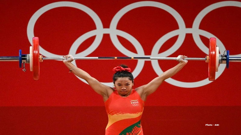 weightlifter mirabai chanu life full of struggle used to weave wood in childhood