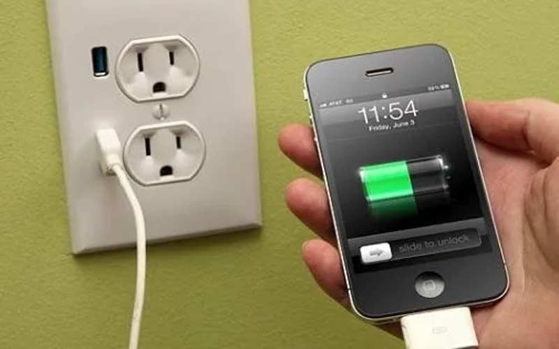 you-have-been-wrongly-charging-mobile-for-years-4-tips-to-tell-battery-university