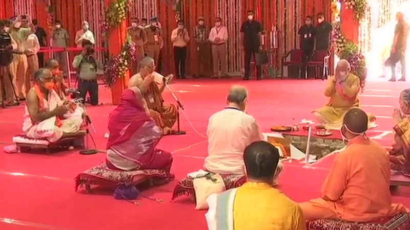 ayodhya ram mandir bhumi pujan narendra modi first prime minister vist indira rajiv gandhi atal bihari vajpayee