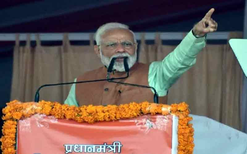 SP-BSPવાળા એકબીજાના કપડા ફાડી રહ્યાં છેઃ PM મોદી