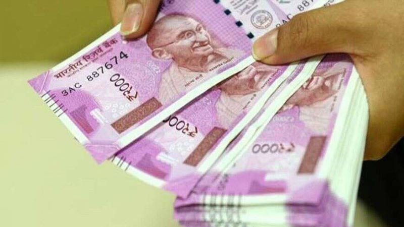 gratuity payment after one year of service government of india plans this for fixed term employees