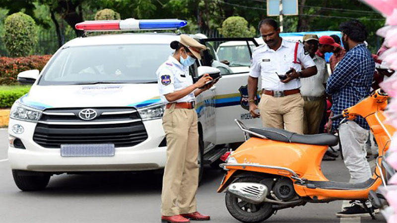 After the new Vehicle Act, Rs. 577 crore was fined and Police make 38 lac Memo