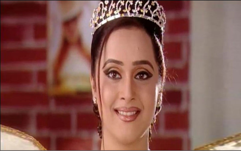 Mrinal Kulkarni Birthday Special Here Some Unknown Facts